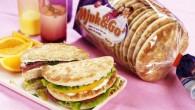 Brödet är bakat i runda kakor ljust vete av hög kvalitet och har en mild karaktär och extra mjuk konsistens.