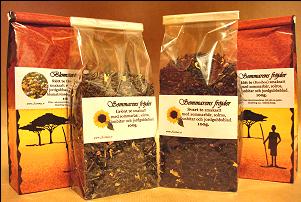 Sommar teer te med somriga smaker grönt te, rött te och svart te. Sommar te