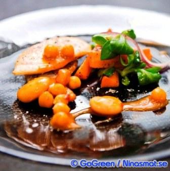 Kyckling med Bönmix i currydressing
