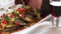 Stek av favorit kött granatäpple gele och viltfond. Underbara smaker ihopa.