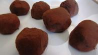 Tryffel av mörk choklad och mycket smak av lakrits. För dig som gillar choklad och laktrits