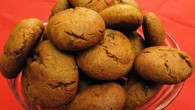 Pepparkaksbollar istället för pepparkakor. Små bollar fulla med julens kryddor, smaker och dofter