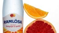 Ramlösa presenterar sin nya smak: Kärleksfulla apelsiner och solmogen blodgrape i flaska. Apelsinen är av tradition en symbol för kärlek och den nya smaken har en varm men uppfriskande smak.