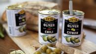 Det är spanska gröna Manzanilla-oliver som fyllts med pimiento, chili, citron, ansjovis och vitlök.