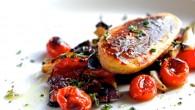 Vegetarisk huvudrätt med quorn filér som serveras med honungs glaserade ugnsrostade grönsaker