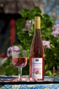 alkoholfritt vin med rabarber
